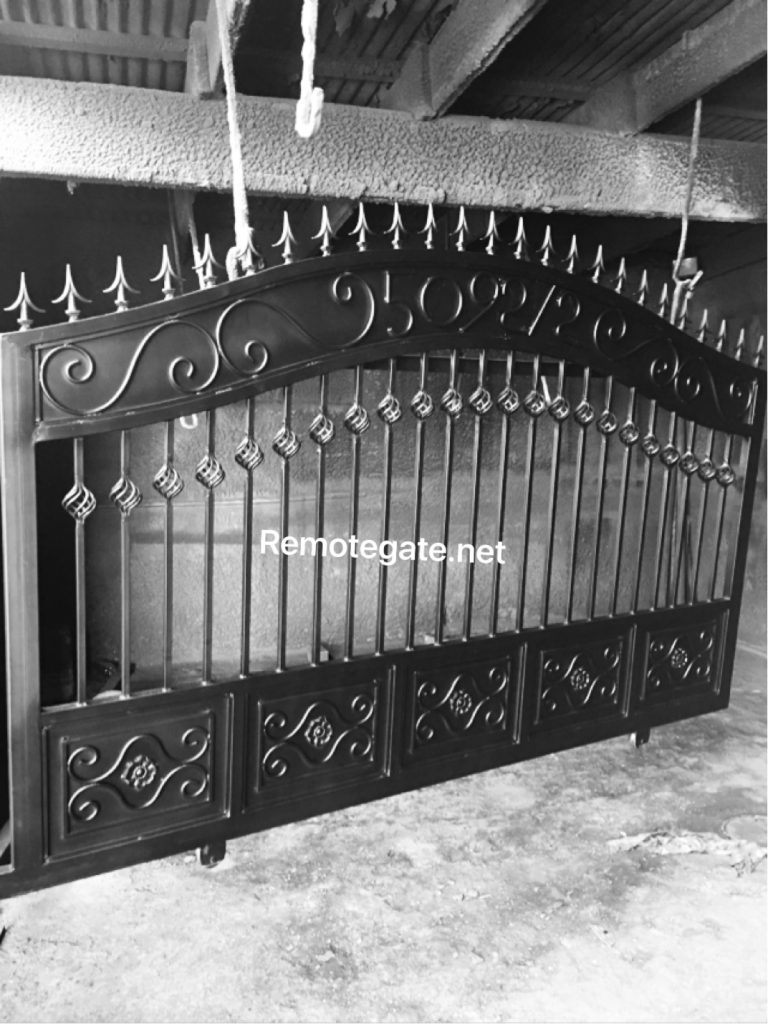 Semi solid slider gate