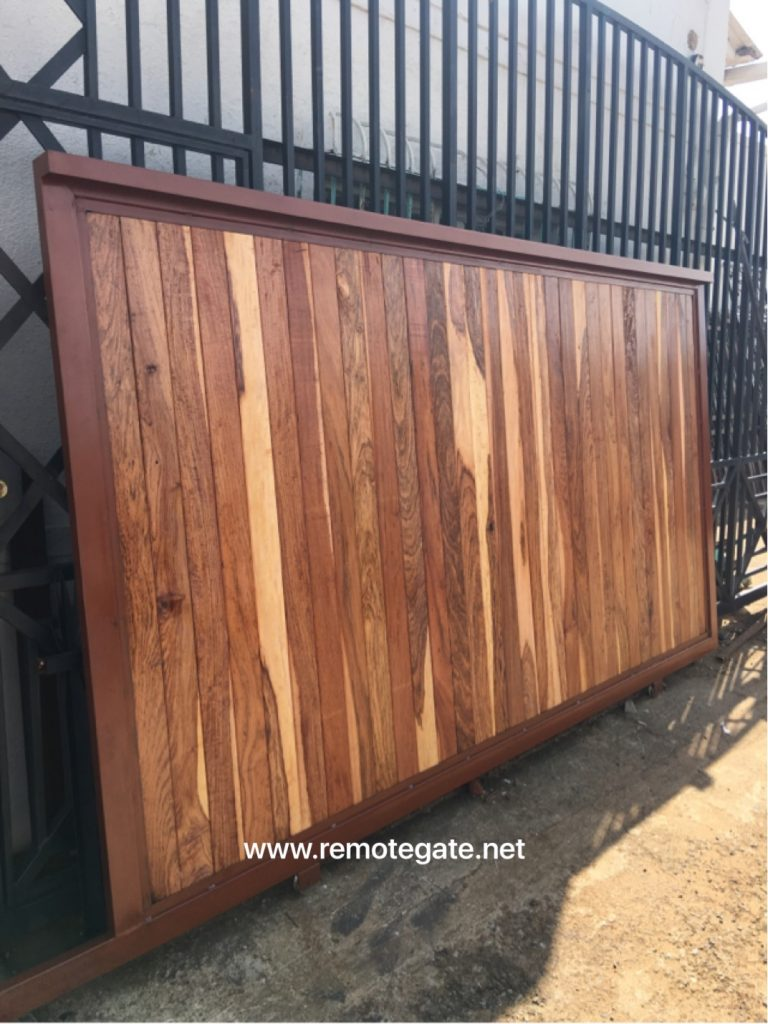 Wooden sliding gate
